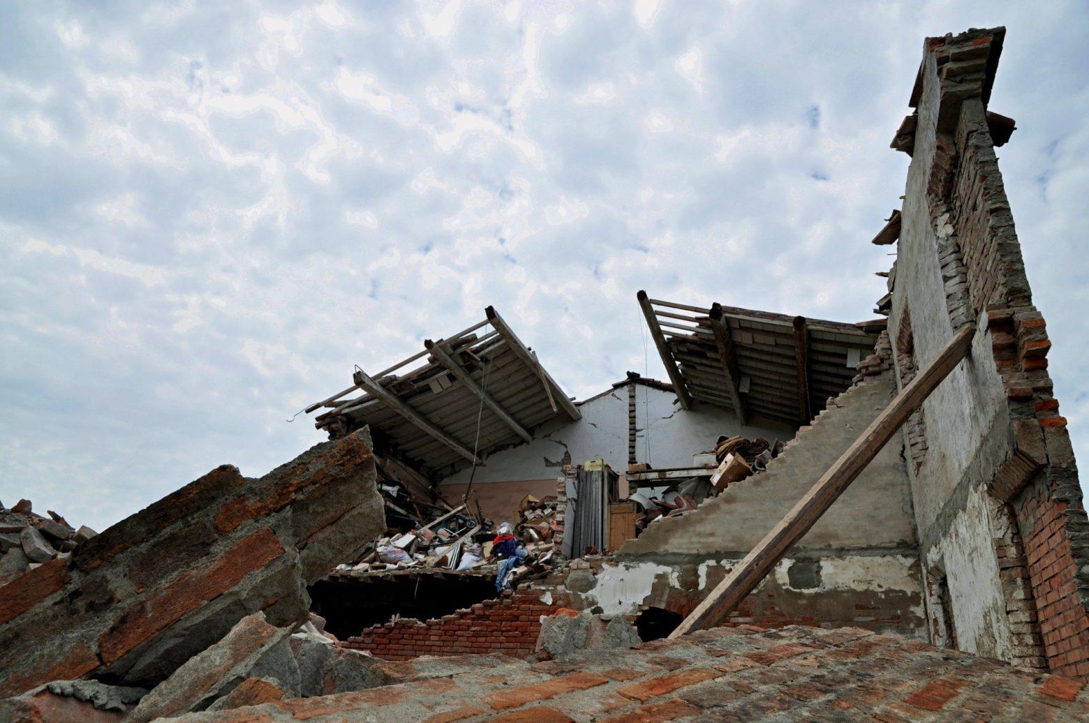 immagini distruzione post sisma