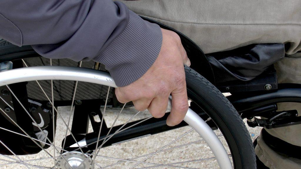 sedia-a-rotelle
